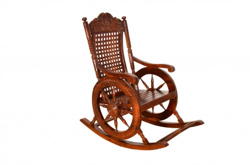 ROCKING CHAIR IM (3).JPG